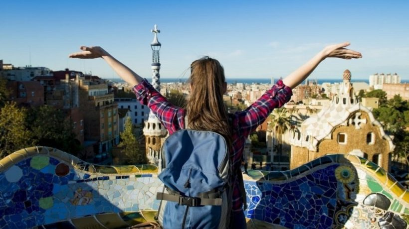 5 Money-Saving Travel Tips for College Students